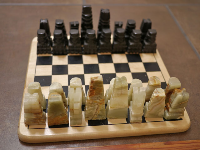 Vintage handcarved mexican aztec mayan white marble onyx stone chess set ebay - Granite chess pieces ...