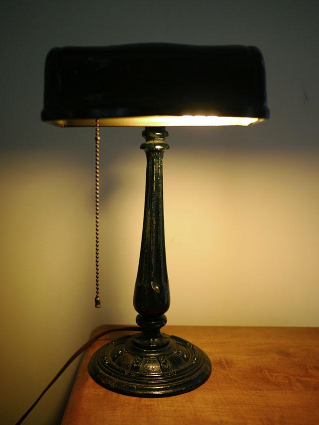 vtg antique 1915 cast iron black enamel mission arts crafts bankers desk lamp ebay. Black Bedroom Furniture Sets. Home Design Ideas