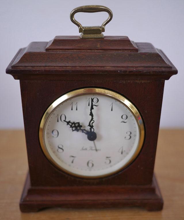 Vintage Seth Thomas Mahogany Wood Buckingham 2W E959000 Mantle Desk Clock USA : eBay