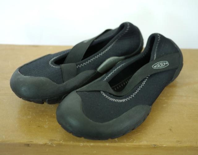 Womens KEEN Roatan Black Neoprene Rubber Water River Mary Jane Shoes 8