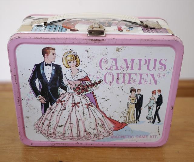 Shopping queen pink box