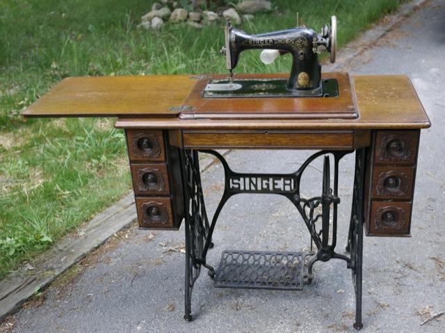 1917 singer sewing machine value