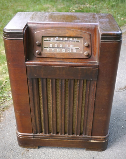 Philco Radio Deals On 1001 Blocks